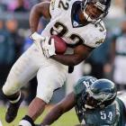 Last week: unranked <br><br>Jones-Drew had 77 rushing yards to help the Jags top the Eagles last Sunday. One week he'll kill you as a runner, the next as a receiver and then as a punt returner. The versatile and quick rookie out of UCLA should be Jacksonville's main offensive weapon for the rest of the season.