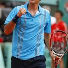 No. 1 Roger Federer overcame a deficit in every set to defeat No. 4 Nikolay Davydenko 7-5, 7-6 (5), 7-6 (7) and move within one victory of his first French Open title.