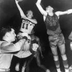 The oldest franchise winning streak in the NBA, the Sacramento Kings, in their days as the Rochester Royals, finished off the 1949/50 season in style with 15 straight wins. Five reincarnations later, no successor has been able to match it.