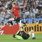 Fernando Torres, broke through off a brilliant feed from Xavi Hernandez in the 33rd minute. Germany goalkeeper Jens Lehmann, at 38 the oldest player in the competition, charged from his net when he saw that defender Philipp Lahm was beaten on the right side. But Torres chipped the ball over the sliding Lehmann and into the gaping goal for the game-winning score.