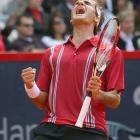 With his victory over Nadal in the final of the Hamburg Masters, Federer snapped the Spaniard's record of 81 consecutive match wins on clay.