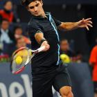 Roger Federer defeats Radek Stepanek in Day 4 of the Masters Cup.
