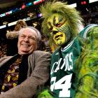 The Grinch paid a visit to Celtics broadcaster and NBA Hall of Famer Tommy Heinsohn before Monday's Celtics game.