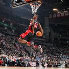 In a contest filled with missed dunks, Terrence Ross' consistency reigned supreme. The Raptors' rookie nailed all four of his dunks, including an homage to Raptors great Vince Carter and a between-the-legs dunk over a ball boy, en route to besting defending dunk champ Jeremy Evans.