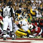 Ben Roethlisberger was stopped on this first-quarter touchdown attempt, leading to a Jeff Reed field goal and a 3-0 lead.