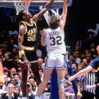 Robinson set a Division I record with 207 blocked shots (5.91 per game) in 1985-1986, including a record 14 in a game against UNC Wilmington. As the national player of the year in 1986-87, Robinson averaged 28.2 points, 11.8 rebounds and 4.5 blocks.