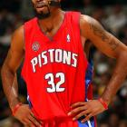 Hamilton shows off the Pistons red uniforms during a game against the Lakers.