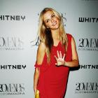 The SI Swimsuit model graced New York's Whitney Museum with her presence, sans hubby Andy Roddick.