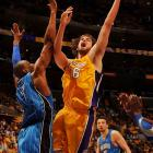 Gasol chipped in 16 points for the Lakers, who blew it open by outscoring the Magic 29-15 in the third quarter.