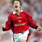 Over these two seasons, Beckham and Man U won back-to-back Premier League championships. During the second campaign, Beckham was named 1996 PFA Young Player of the Year and finished second in voting for Player of the Year.