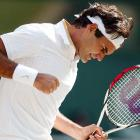 A member of his coaching staff told a French newspaper that Federer intends to play in Switzerland's Davis Cup playoff against Italy on Sept. 18-20. The two countries are meeting in Genoa for the chance to remain in the elite 16-team group for next year's title. The U.S. eliminated the Swiss from this year's competition in March, when Federer sat out with a back injury.