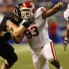 McCoy, a sure-fire first-round NFL draft pick, is the heart of Oklahoma's disruptive D-line. The 6-foot-4, 297-pounder is quick off the ball, but his bread-and-butter's shutting down the run.
