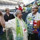 Drew Carey was thrilled to finally find a fan who knew where the concession stand was.