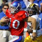 Todd Reesing threw for 332 yards and three touchdowns, a pair of them to Kenny Meier (pictured), as the Jayhawks ran their record to 4-0.
