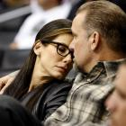 A Coyotes-Kings tilt at Staples Center in Los Angeles kindled feelings of deep amore -- or was it sleepiness? -- in the actress and her husband..