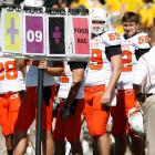 In a bold education initiative, Oklahoma State is apparently using flash cards to help its football players prep for pop quizzes ... during games. The system obviously works, on the field at least, as the Cowboys branded Baylor, 34-7, on October 24.