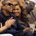 Beyonce and hubby Jay-Z watch the Lakers take on the Mavericks in American Airlines Center, because as we all know, B.K. is from Texas.