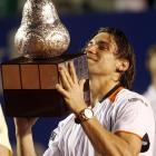 def. Juan Carlos Ferrero, 6-3, 3-6, 6-1 ATP World Tour 500, Clay, $955,000 Acapulco, Mexico