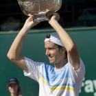 def. Sam Querrey, 5-7, 6-4, 6-3 ATP World Tour 250, Clay, $442,500 Houston, Texas