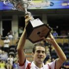 def. Jarkko Nieminen, 6-4, 3-6, 6-4 ATP World Tour 250, Hard (Indoor), $608,500 Bangkok, Thailand