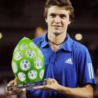 def. Mischa Zverev, 6-3, 6-2 ATP World Tour 250, Hard (Indoor), $450,000 Metz, France
