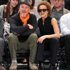 Sporting the Jed Clampett look, the famed thespian and his equally arresting spouse got their jollies watching New York's Knickerbockers down Atlanta's Hawks at Madison Square Garden on March 8.
