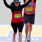 The curvaceous and vivacious former spouse of crustaceous axeman Eddie Van Halen triumphantly crossed the finish line of the Boston Marathon in a time of 5:14.37 (that's hours, not days).