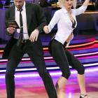 While her partner had to check his copy of  Learn To Dance In Five Easy Steps , ESPN's Erin Andrews went right on cuttin' the rug during the April 19 episode of  Dancing With The Stars .