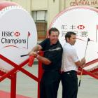 Mickelson and Sergio Garcia pose for photographers at the HSBC Champions Tournamnent in Shanghai.