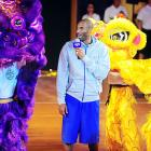 """No, aliens have not landed, although a UFO was sighted recently in China. That's the Lakers superduperstar at a """"fan meeting"""" at Jinan University in Guangzhou."""