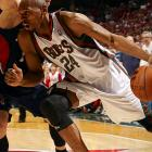 After signing in the middle of the 2009-2010 season, Jerry Stackhouse averaged 8.5 points for Milwaukee and helped the surprising Bucks surge into the playoffs. While the Bucks have moved on by acquiring Corey Maggette and re-signing John Salmons, the 35-year-old Stackhouse proved last season that he can still contribute to a winning team.