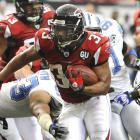 Michael Turner rushed the ball just 22 times -- a minimal amount in comparison to the load the rest of the list carried - yet gained 220 yards, an average of 10 yards per carry. Along with two touchdowns, 'Burner Turner' helped the Falcons down the Lions and would go on to accumulate 1,699 rushing yards during the 2008 season.