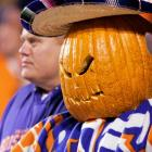 Yes, Charlie Brown, the Great Pumpkin loves his Broncos.