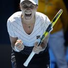 Russia's Svetlana Kuznetsova celebrates during her match against Belgium's Justine Henin. Kuznetsova won 6-4, 7-6(8).