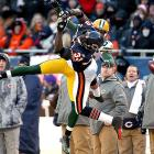 Bears safety Charles Tillman got the best of Greg Jennings on this play ...