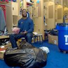 A garbage bag and can is where the Giants' 2010 season belonged after Big Blew shot itself in the, um, foot by blowing a sure NFC East title and ending up on the barcalounger for the playoffs.