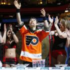 Want to impress the ladies? Scarf down a cheesesteak in 24 seconds ... in between rounds of the Wing Bowl in Philadelphia. Then let out a rending belch.