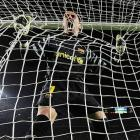 Barcelona's goalkeeper was trapped in a web of intrigue during his Champions League Round of 16 match vs. Arsenal on March 8.