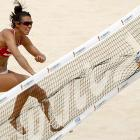Little net gain for Spain's Elsa Baquerizo in her match against Kerri Walsh and Misty May-Treanor of the good ol' US of A on June 9.