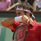 Federer reacts early in the match.