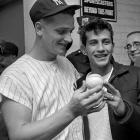 On the first day of October and the final day of the regular season, the Yankees outfielder broke Babe Ruth's record of 60 home runs. Brooklyn truck driver Sal Durante tried to give Maris back the ball, but the Yankees slugger insisted that Durante sell the ball and keep the money. The fan ended up selling it for $5,000 to a restaurant owner who displayed the ball and eventually gave it to Maris. The ball now resides in the Hall of Fame.