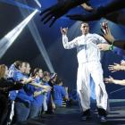 """Kentucky's Twany Beckam greets fans after he was introduced during """"Big Blue Madness"""" at Rupp Arena."""