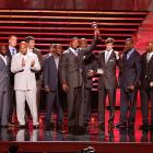 Manning and his New York teammates look on as Michael Strahan accepts the 2008 ESPY for Best Team.