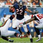 The fourth-year back was on pace to set career highs in both rushing and receiving yards when he went down for the year with a sprained MCL in Week 13. His stagnant contract talks could get back on track once the Bears hire a new GM -- the fired Jerry Angelo was reluctant to extend Forte's deal and looked likely to give the 2012 Pro Bowl back the franchise tag.