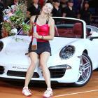 def. Victoria Azarenka 6-1, 6-4 WTA Premier, Clay (Indoor), $740,000 Stuttgart, Germany