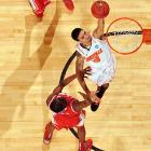 Sweeping the Big East tournament was just the beginning for the Cardinals. Peyton Siva and company continued to chug along in the tournament with a 59-56 victory over New Mexico. The Cardinals were able to stave off a late rally by the Lobos and move on to the Sweet 16.