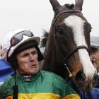 """Jockey Tony McCoy was clearly not amused by Synchronised's little joke about a horse walking into a pub in Gloucestershire and the barkeep saying, """"I'm sorry, but I can't serve you unless you're wearing a tie."""" So the horse angrily goes out to his car and returns with a set of jumper cables around his neck. """"How's this?"""" growls the horse, and the barkeep replies, """"Okay, but don't start anything."""""""