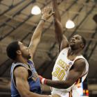 Bass played a lone D-League game in the 2005-06 season, scoring 16 points and adding five boards for the Tulsa 66ers.