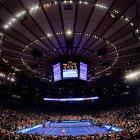 Maria Sharapova beat Caroline Wozniacki 6-3, 6-4 and Andy Roddick topped Roger Federer 7-5, 7-6 (7) at the BNP Paribas Showdown exhibition at Madison Square Garden.