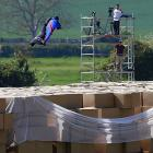 Fortunately for Mr. Connery, he landed on 24,000 cardboard boxes that just happened to be lying around Henley-on-Thames, England, making him the first person to successfully do such a thing from such a great height. You can watch this stark human drama unfold by   CLICKING HERE .